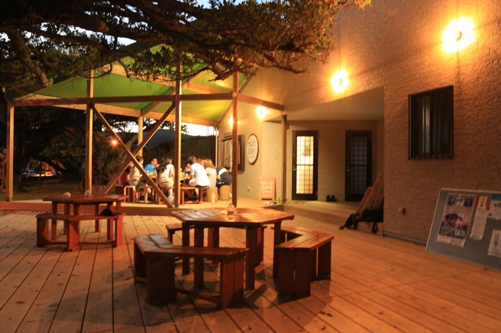 【喜界島cafe】海の見えるオープンテラスカフェで働きませんか?